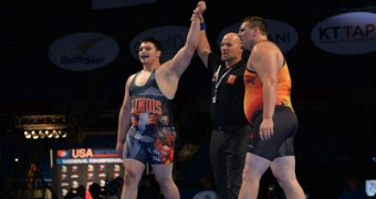 Cassioppi scores in last second to beat defending champ Metz to win Junior Triple crown with Greco-Roman gold