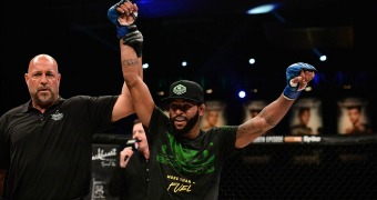 Bellator extends Caldwell's contract