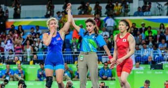 Maroulis becomes first American to win Olympic title in women's wrestling